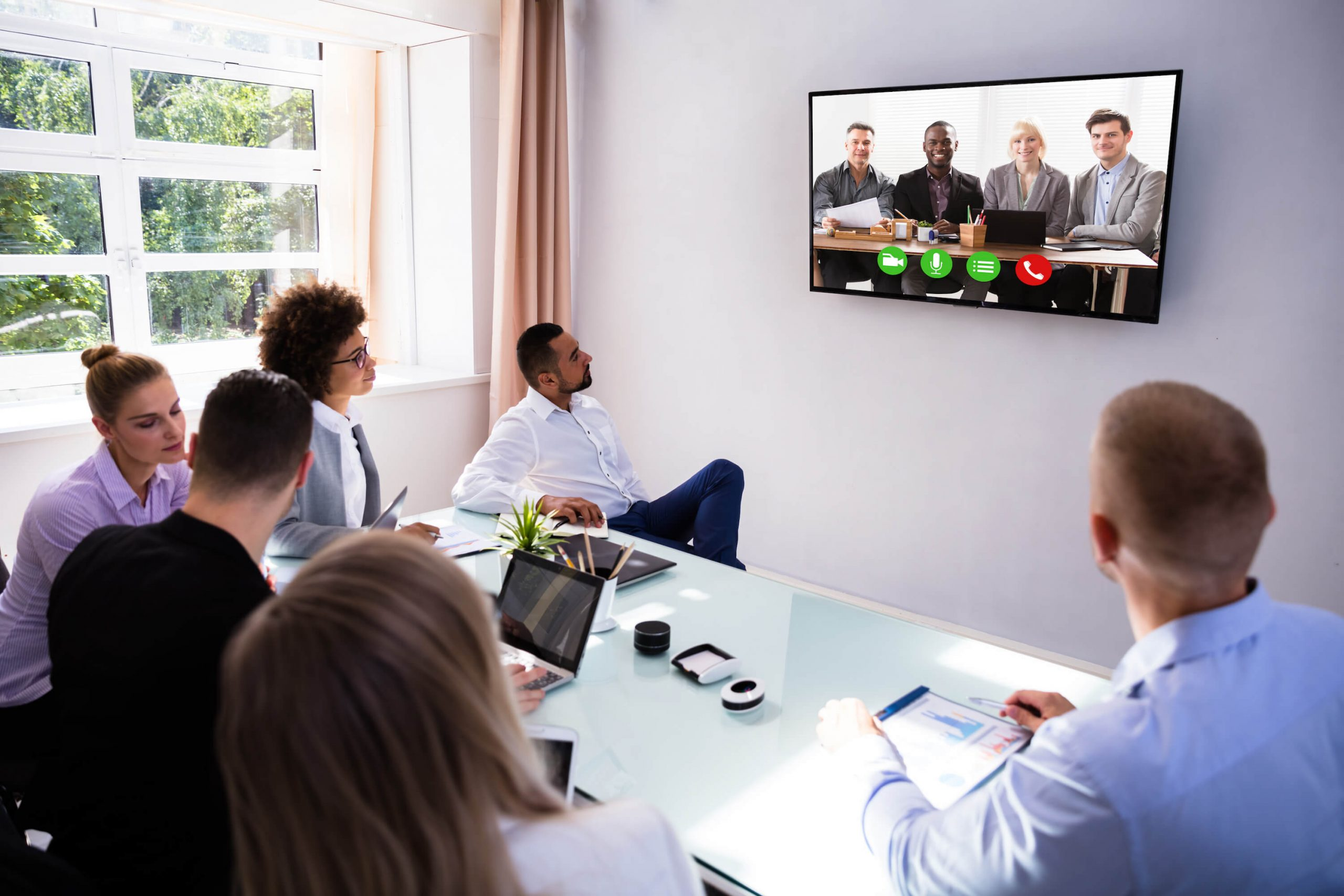 3 Top Tips Before Making Video Conference Calls